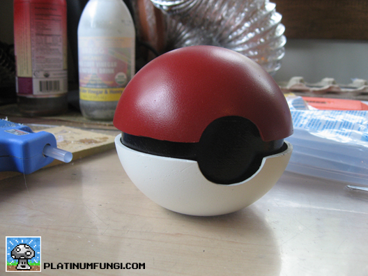 pokeball, pokemon, cosplay, platinumfungi, nintendo, how to, build, make, diy,